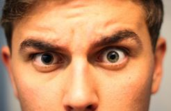 Как сузить зрачки глаз