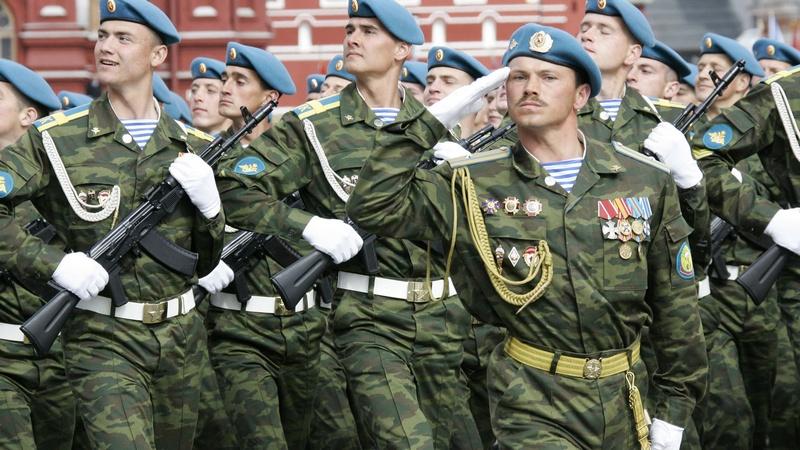 марш военных войск