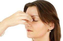 Причины появления зуда в уголках глаз