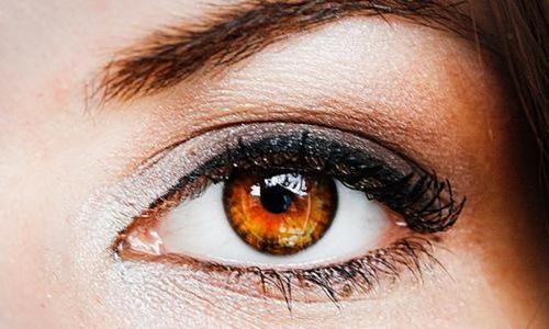 Янтарные глаза